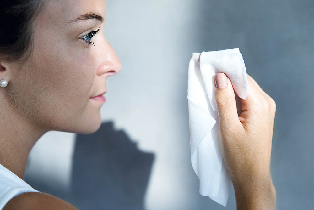 Meraklon fibers for feminine care products and wipes.