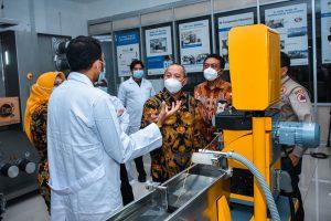FET-100 Series Laboratory Melt Spinning System