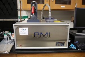 Instrument for measuring porosity and pore size distribution.